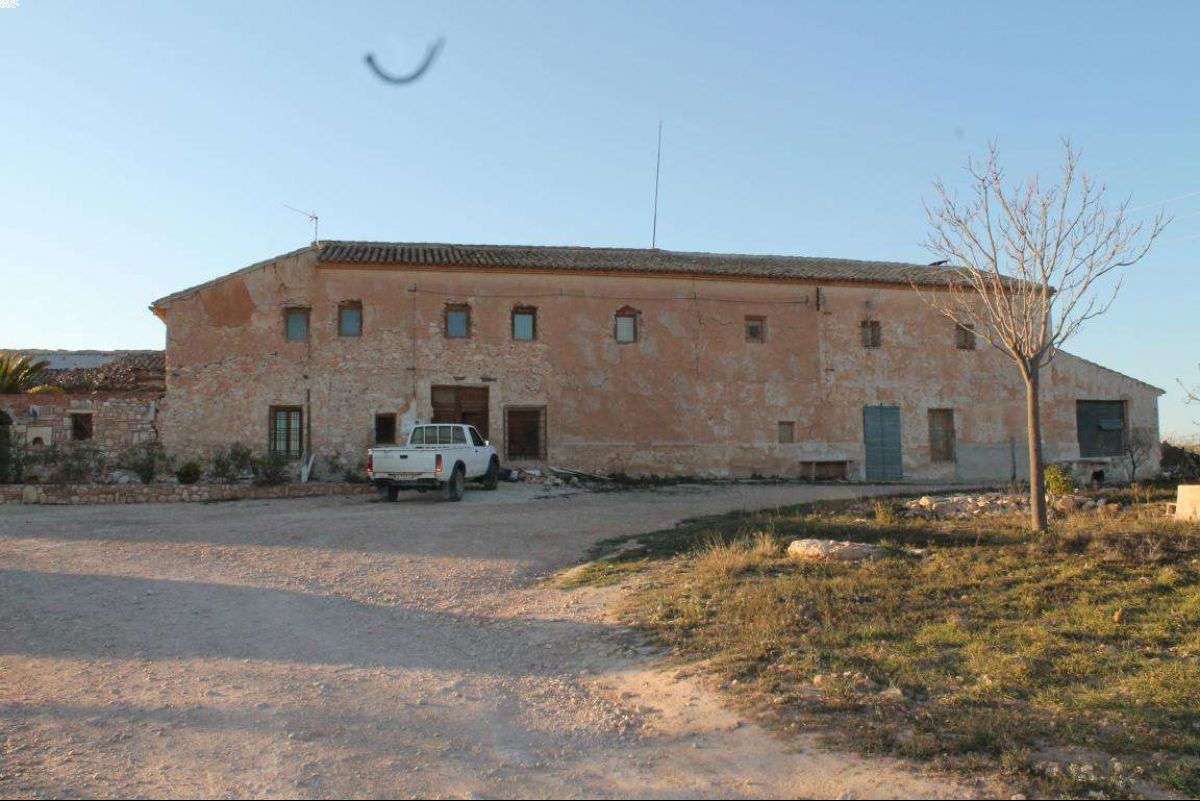 Ref:1010 country house For Sale in Pinós, el/Pinoso