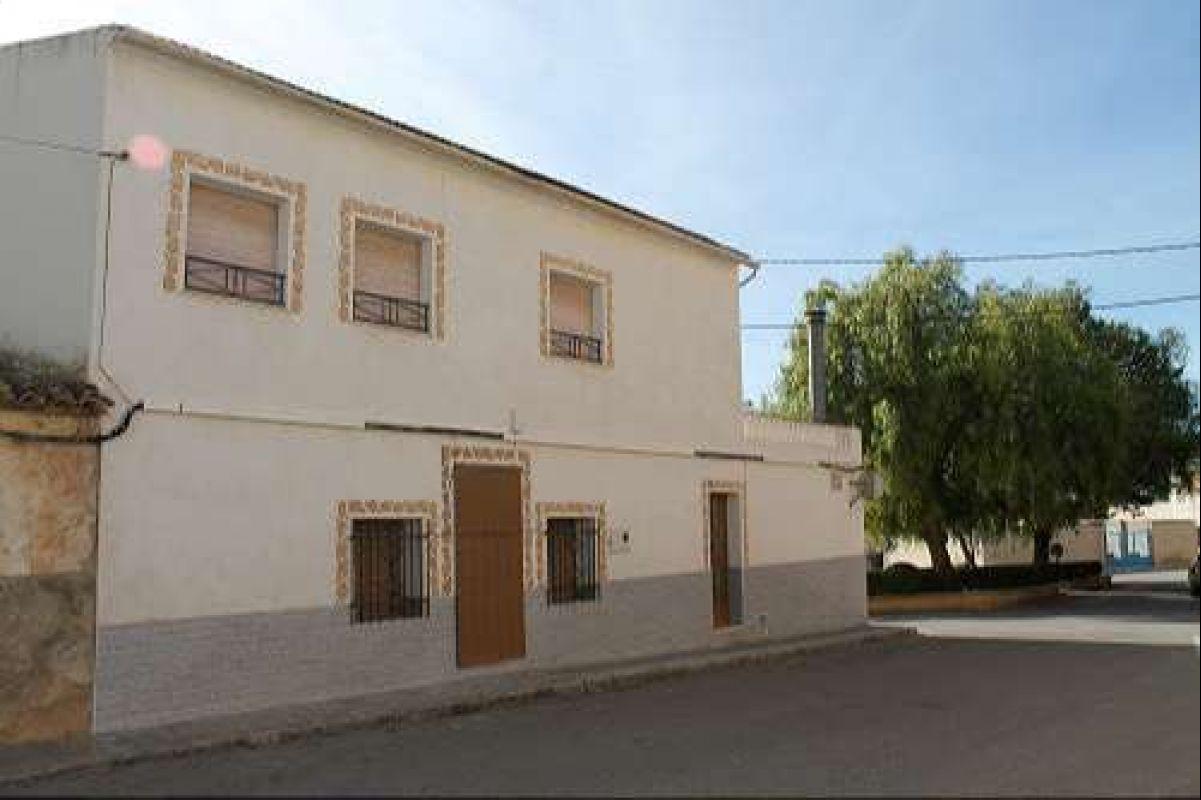 Casa de pueblo en Algueña, Alicante