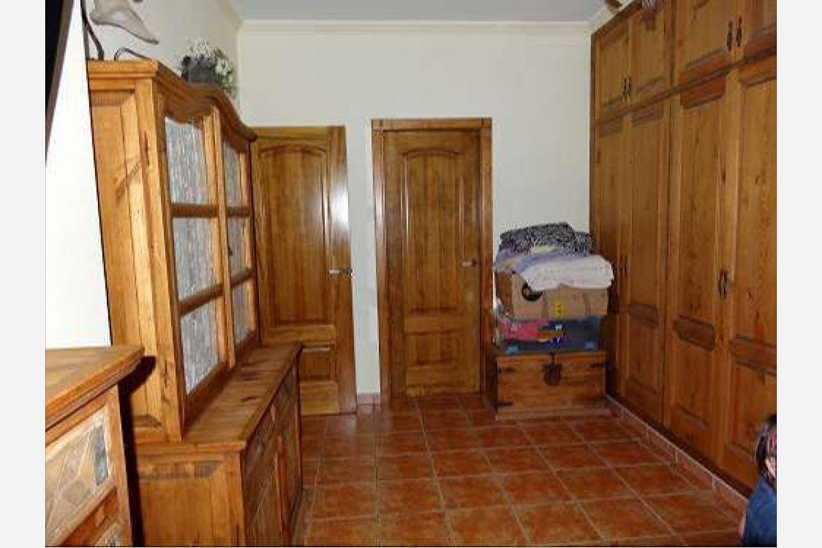 Casa de pueblo en Pinoso, Alicante
