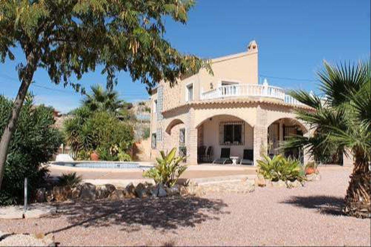 1360: House/Villa in Fortuna