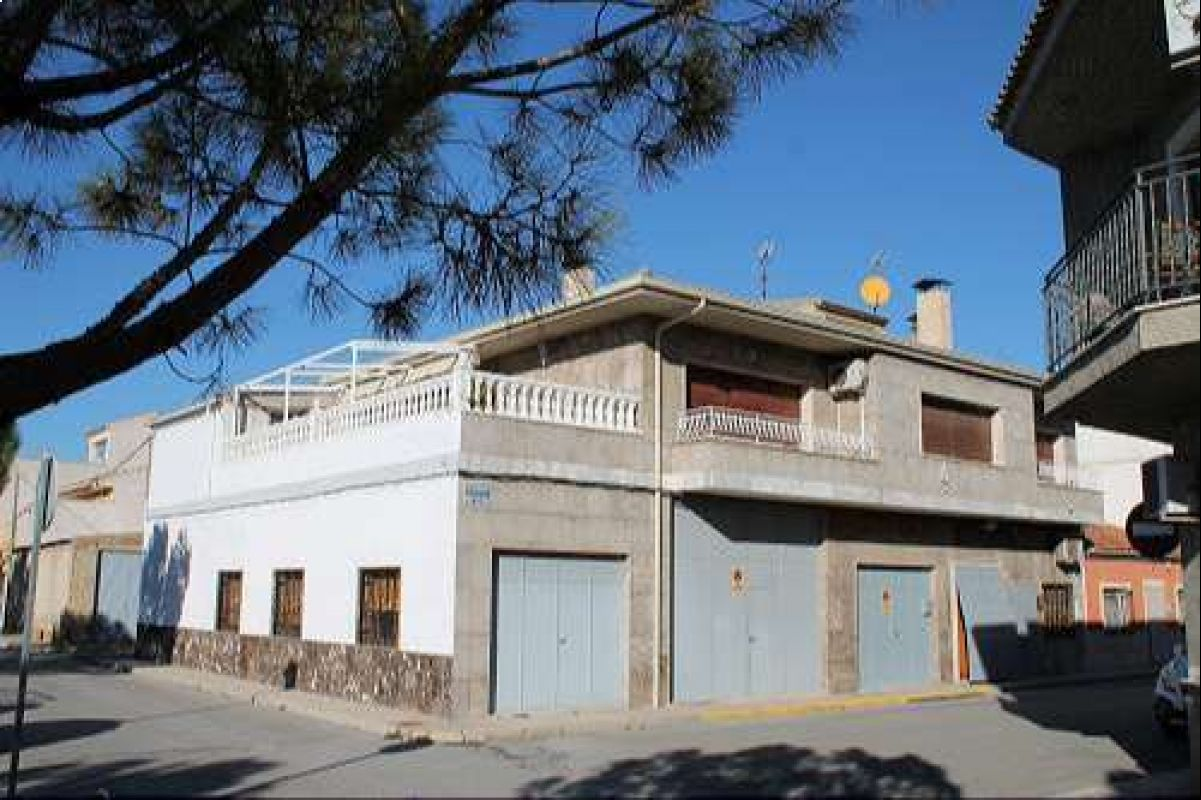 1692: Flat/Apartment in Pinós, el/Pinoso