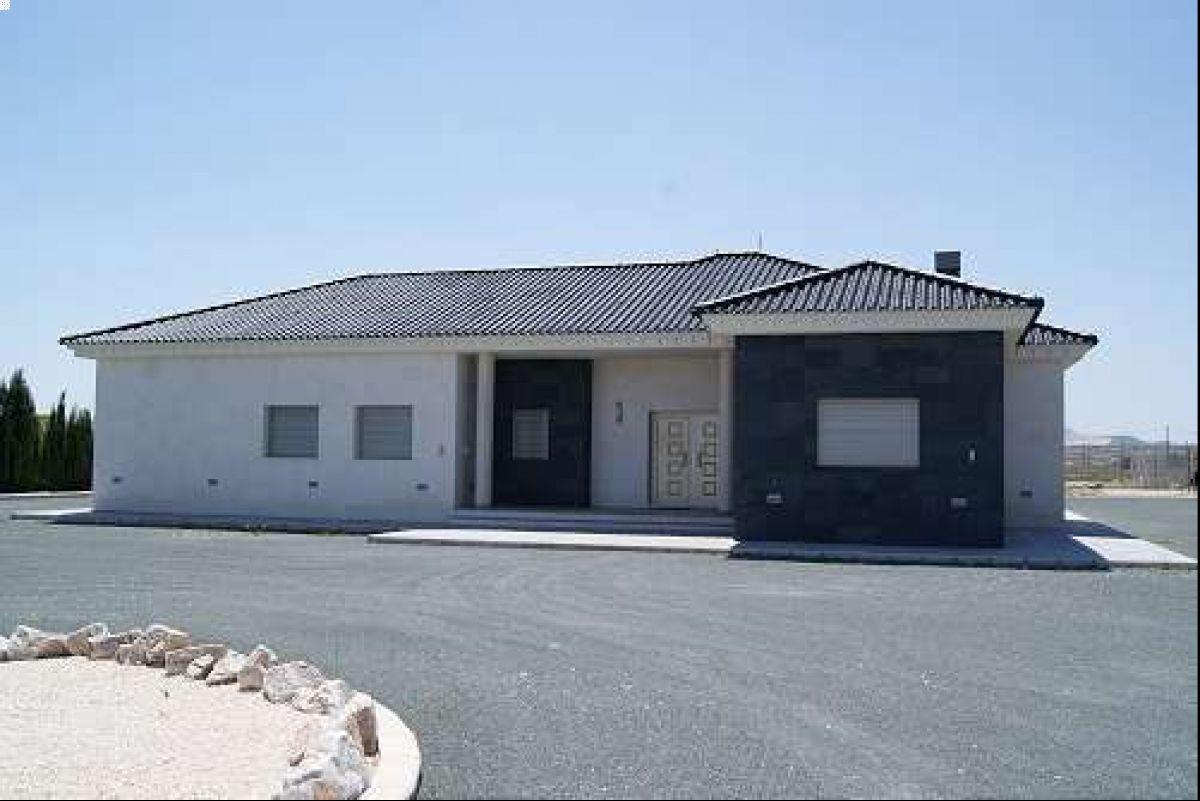 2151: House/Villa in Pinós, el/Pinoso