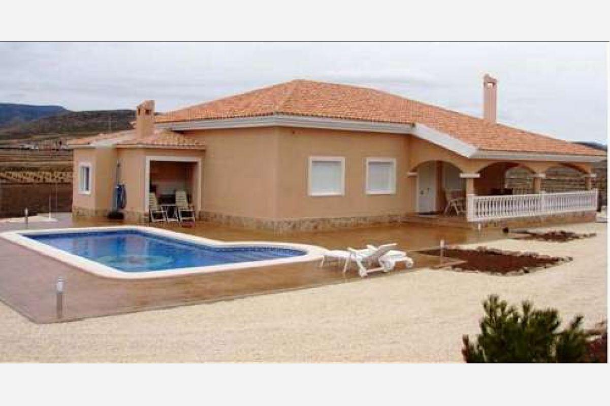 2153: House/Villa in Pinós, el/Pinoso