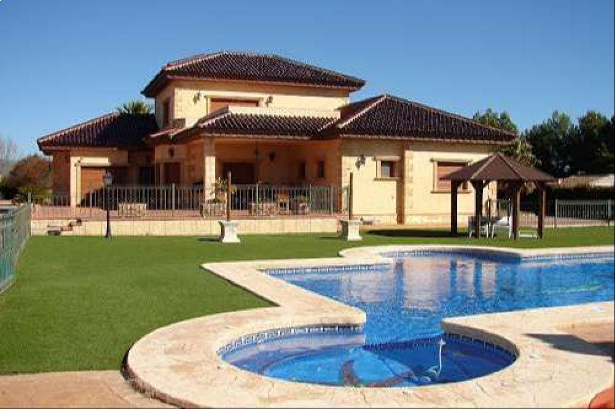 2154: House/Villa in Pinós, el/Pinoso