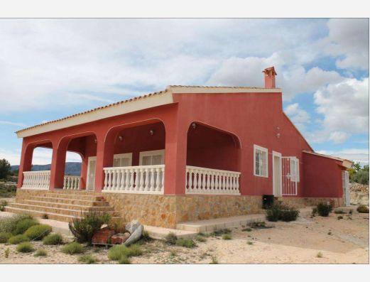 Detached villa near Monovar, Alicante