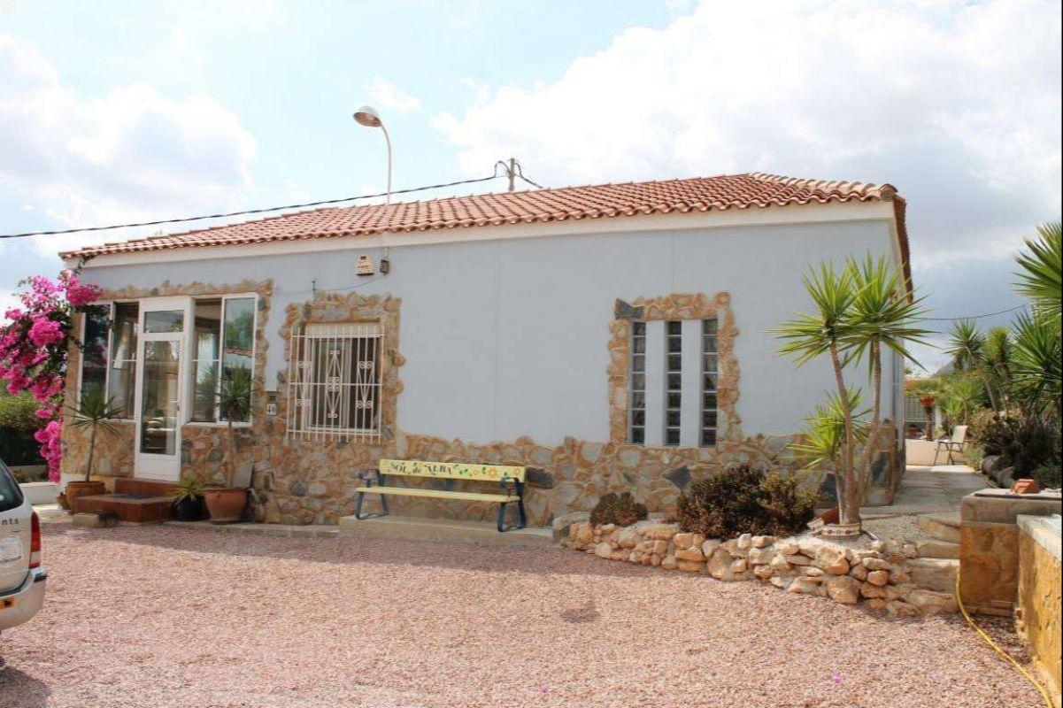 2309: House/Villa in Hondón de las Nieves, Fondó de les Neus