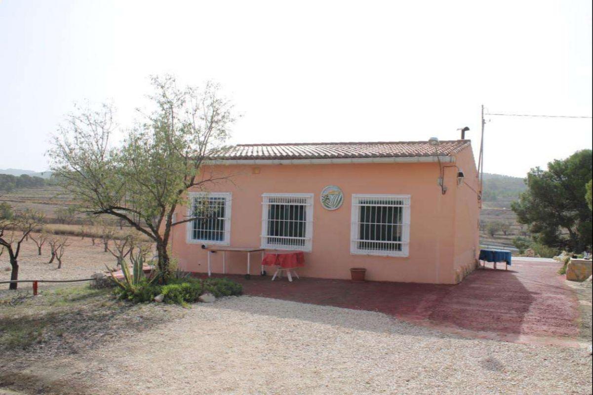 2329: House/Villa in Jumilla
