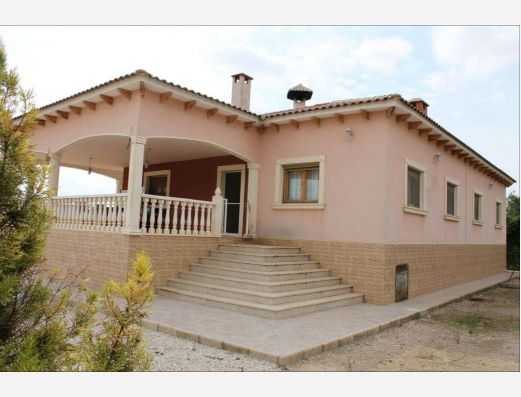 Detached villa near Pinoso, Alicante