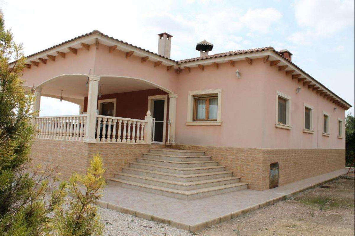 2345: House/Villa in Pinós, el/Pinoso