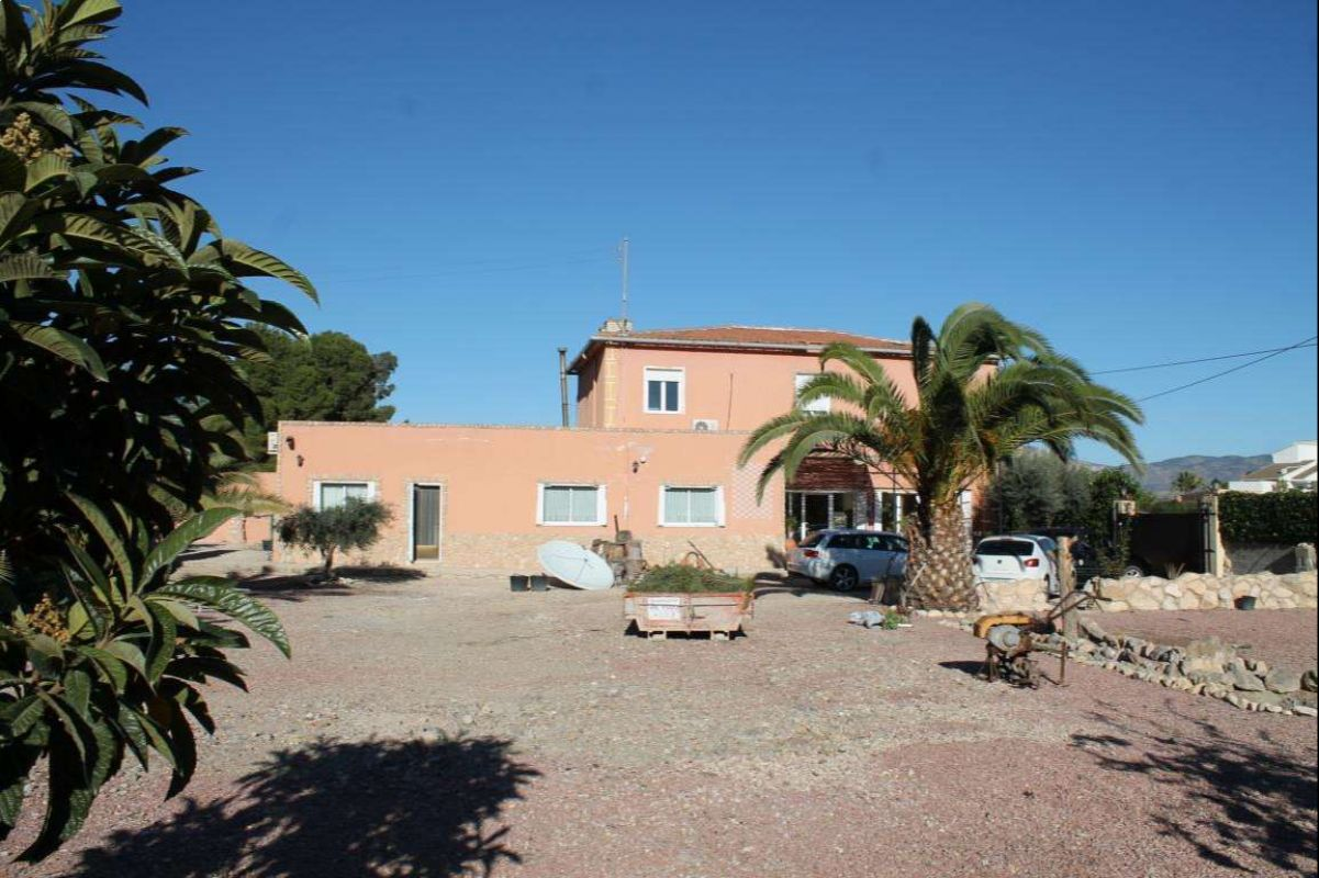 2365: House/Villa in Monóvar/Monòver