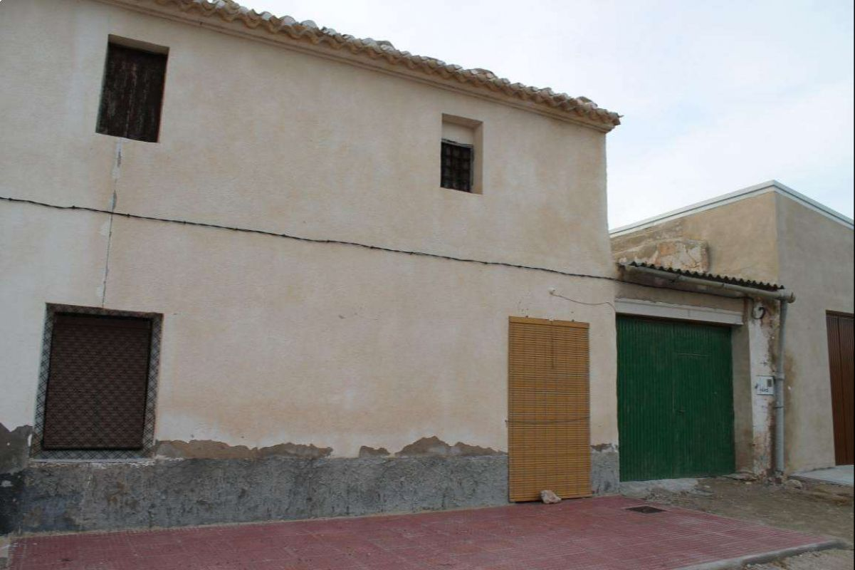 2397: country house in Jumilla