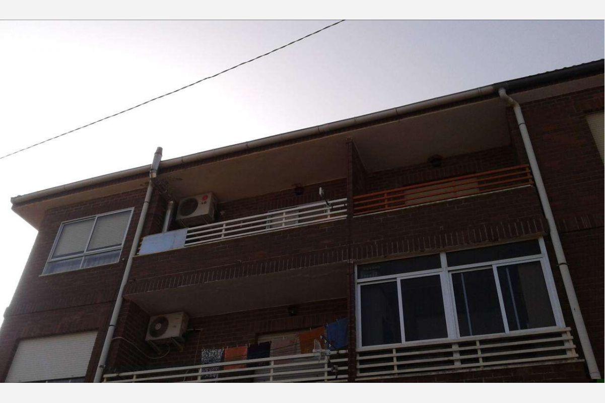 2407: Flat/Apartment in Salinas