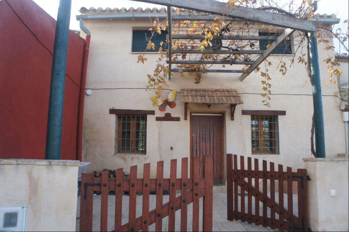 Ref:2427 Townhouse For Sale in Jumilla