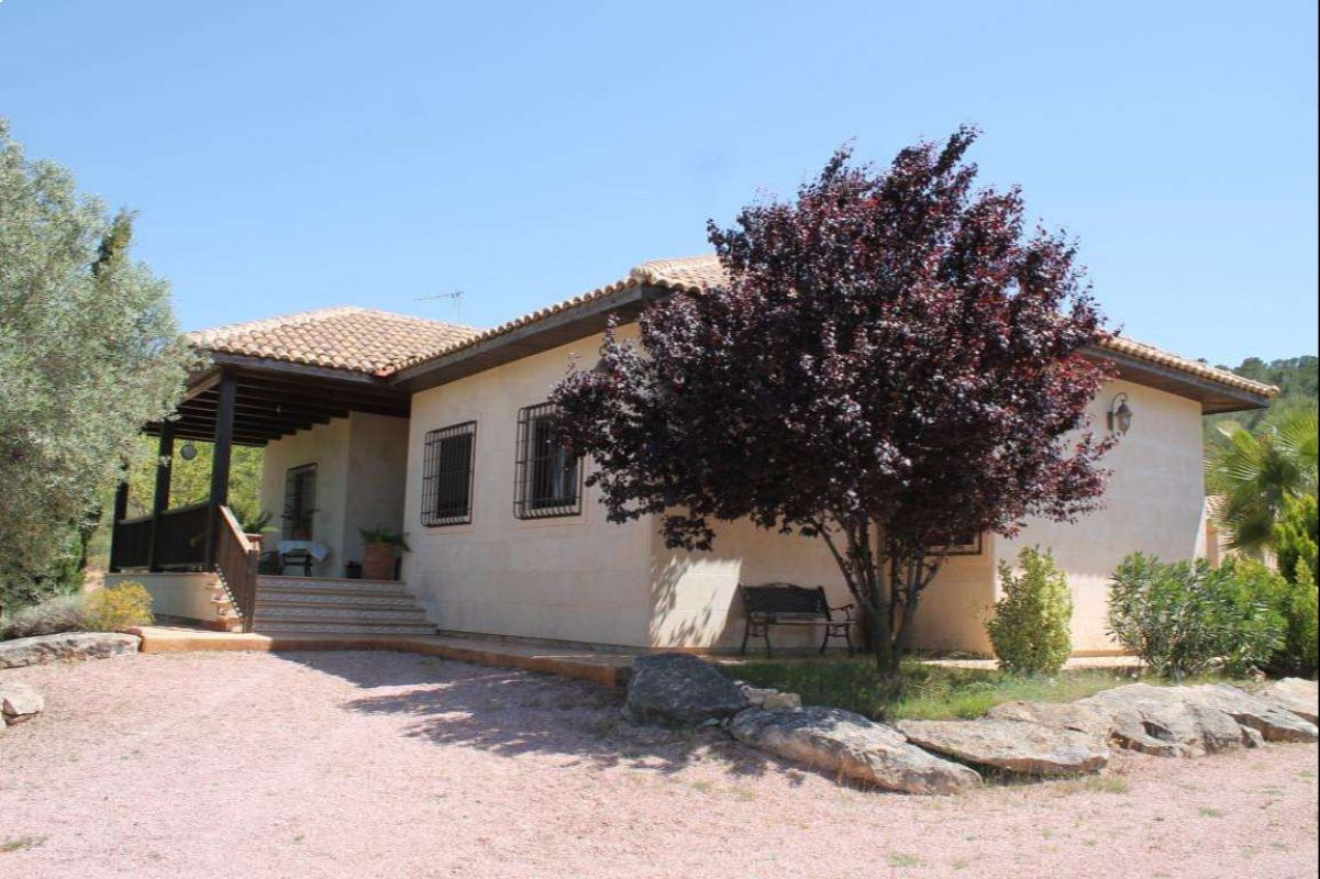 2472: House/Villa in Monóvar/Monòver
