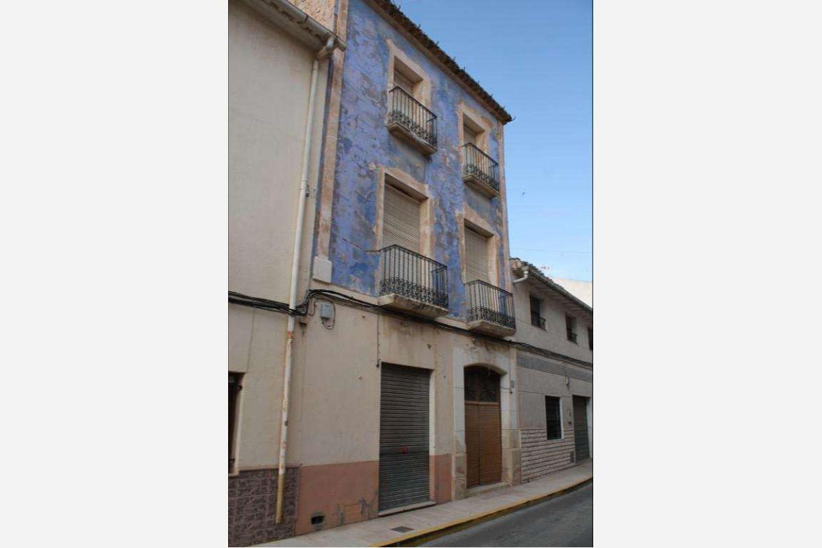 2479: Townhouse in Pinós, el/Pinoso