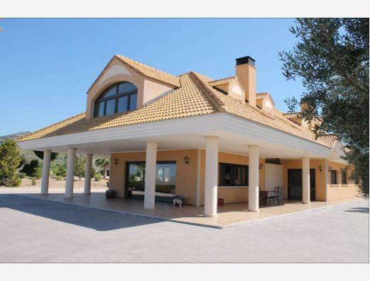 Villa in Monovar, Alicante