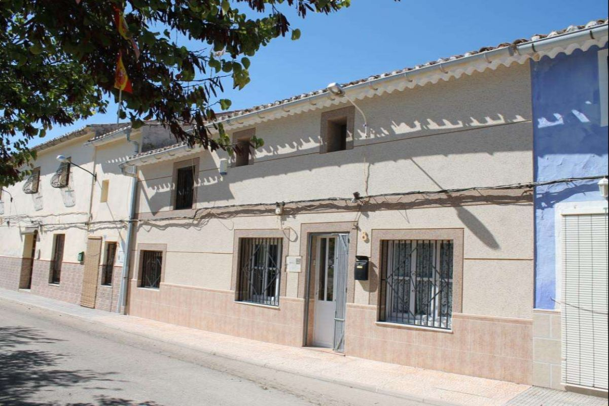 Ref:2515 Townhouse For Sale in Pinós, el/Pinoso