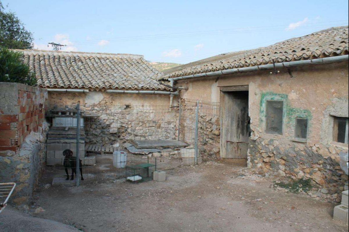 Casa de pueblo cerca de Pinoso, Alicante