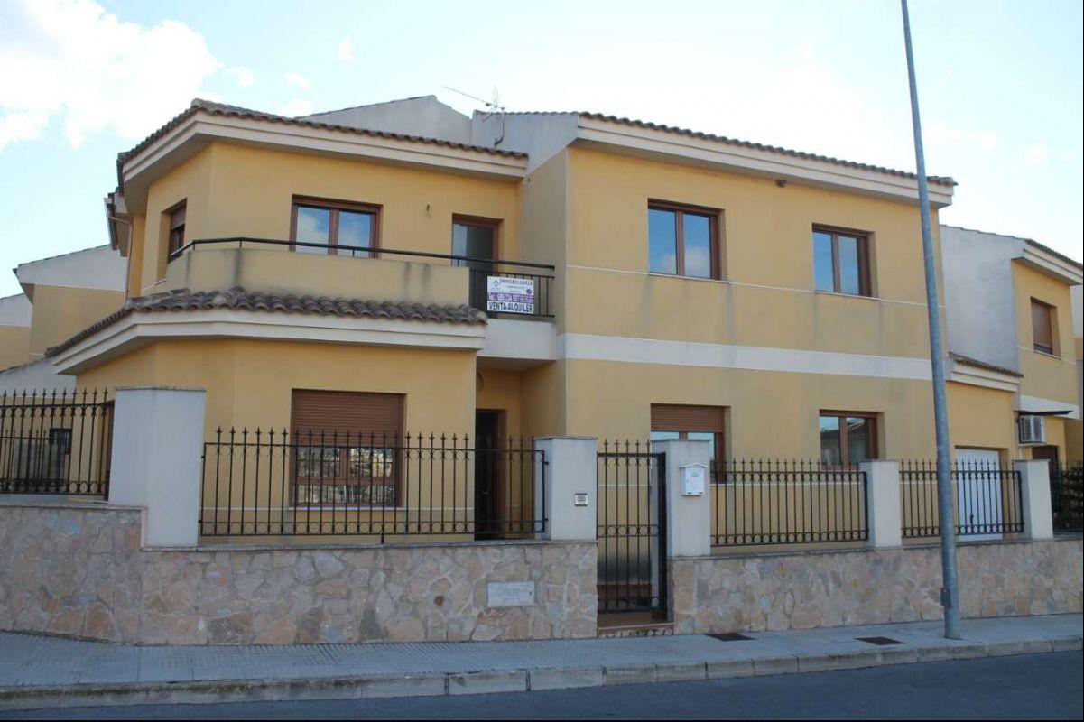 2539: Townhouse in Pinós, el/Pinoso