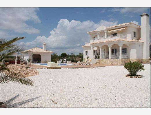 Pretty Villa in Pinoso