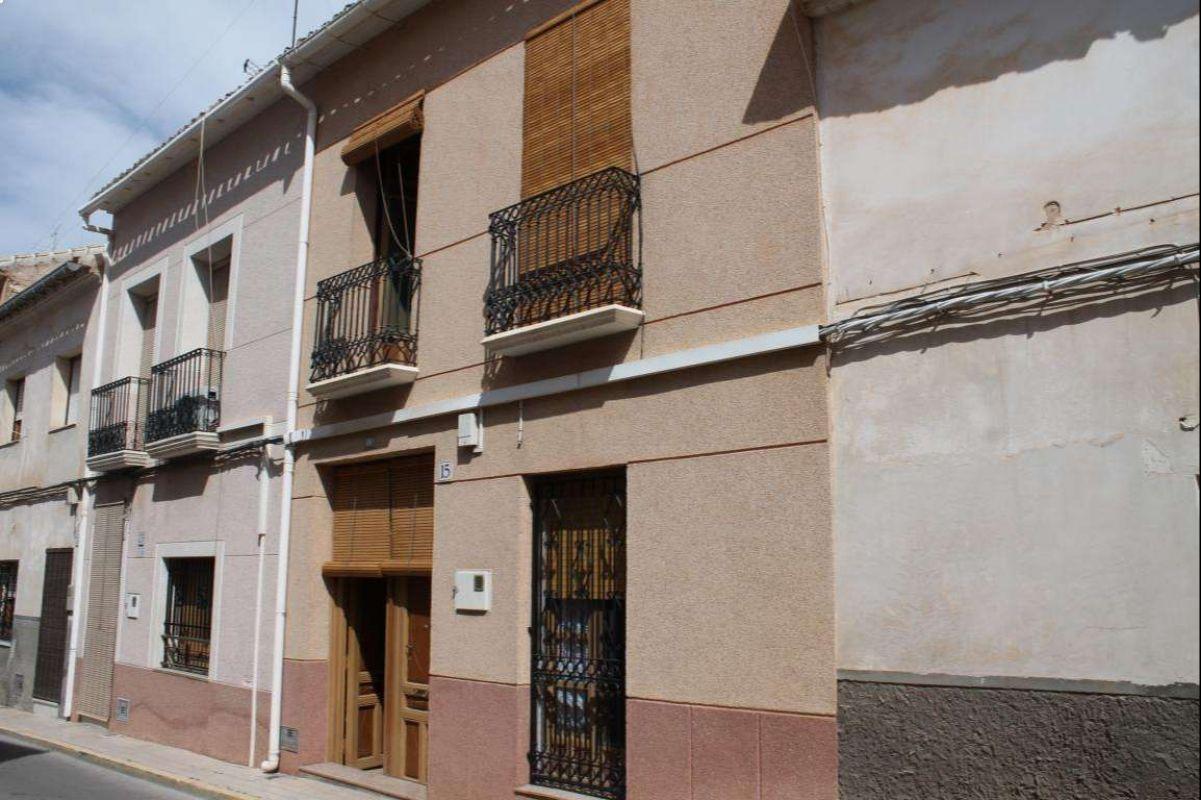 2576: Townhouse in Pinós, el/Pinoso