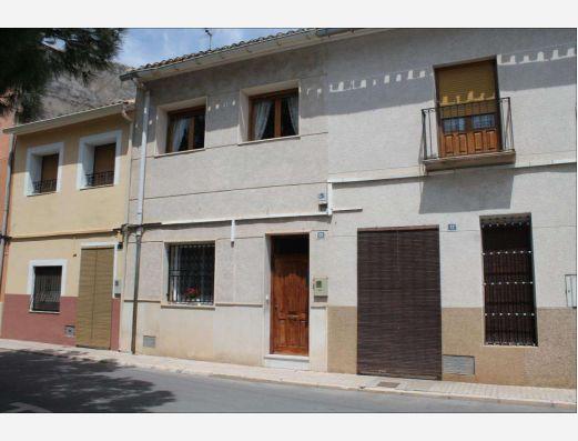 Town House in Pinoso Alicante