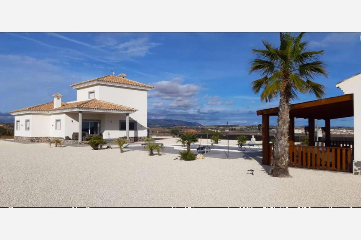 2608: House/Villa in Pinós, el/Pinoso