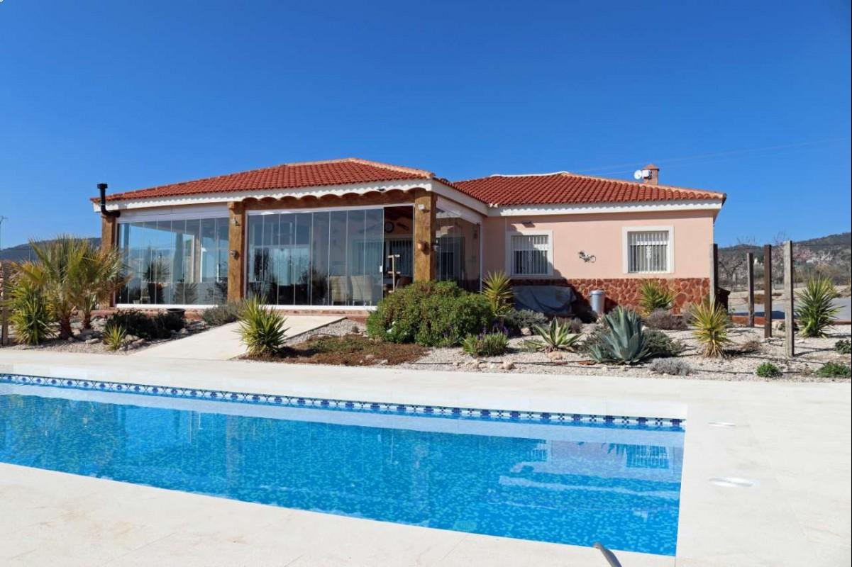 2614: House/Villa in Pinós, el/Pinoso